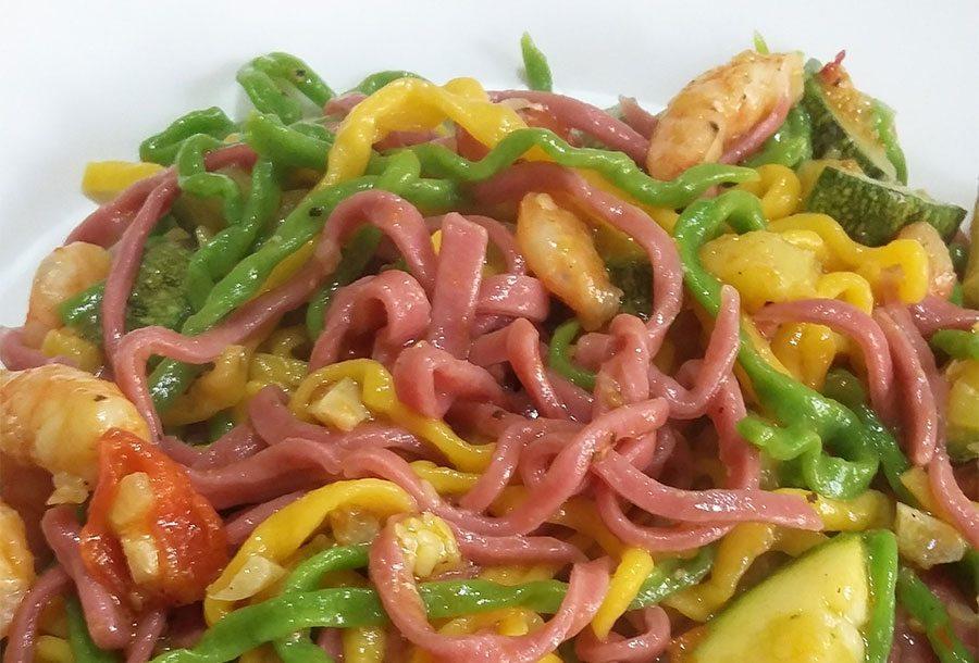 Tagliolini Colorati con Gamberi e Zucchine