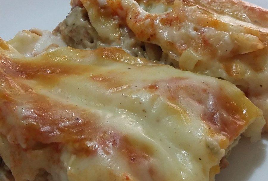 Cannelloni con funghi e prosciutto cotto