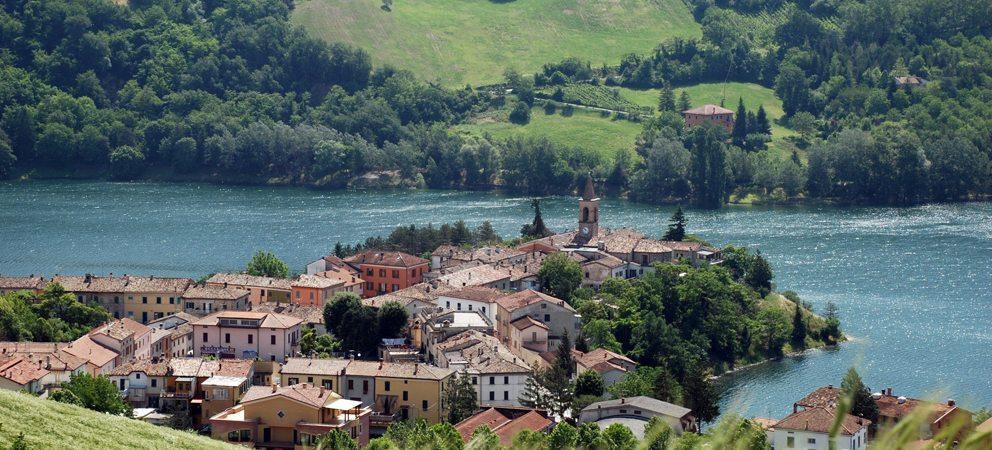 Mercatale di sassocorvaro provincia pesaro urbino - Lago lungo bagno di romagna ...