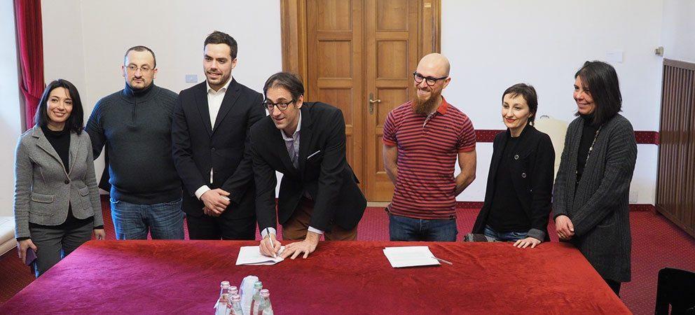 Accordo tra Comune di Rimini e Airbnb: la tassa di soggiorno diventa digitale