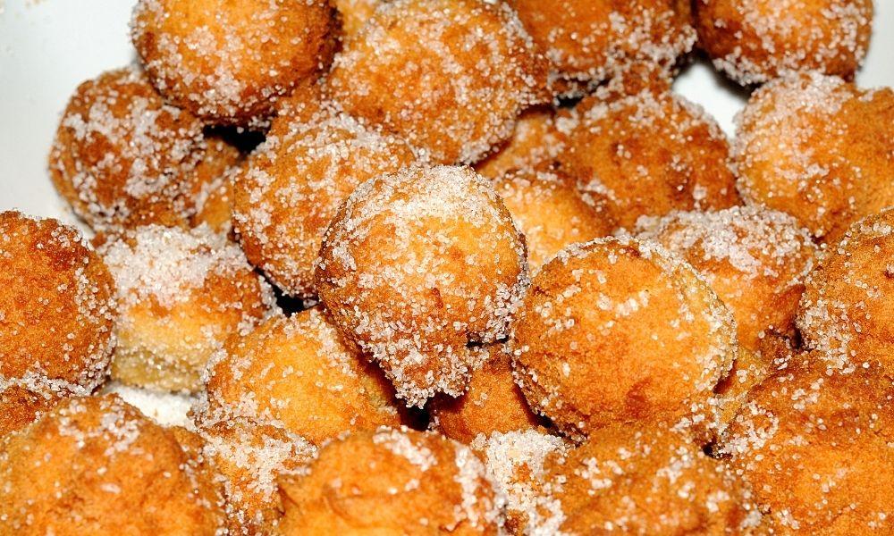 Castagnole fritte: i dolci tipici del Carnevale romagnolo
