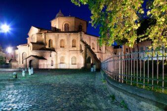 Residenze reali italiche dei regni ostrogoto e longobardo: Ravenna capitale